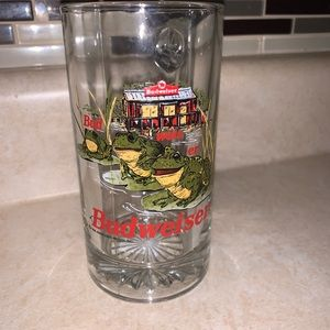 Other - 1996 12oz Budweiser frogs mug